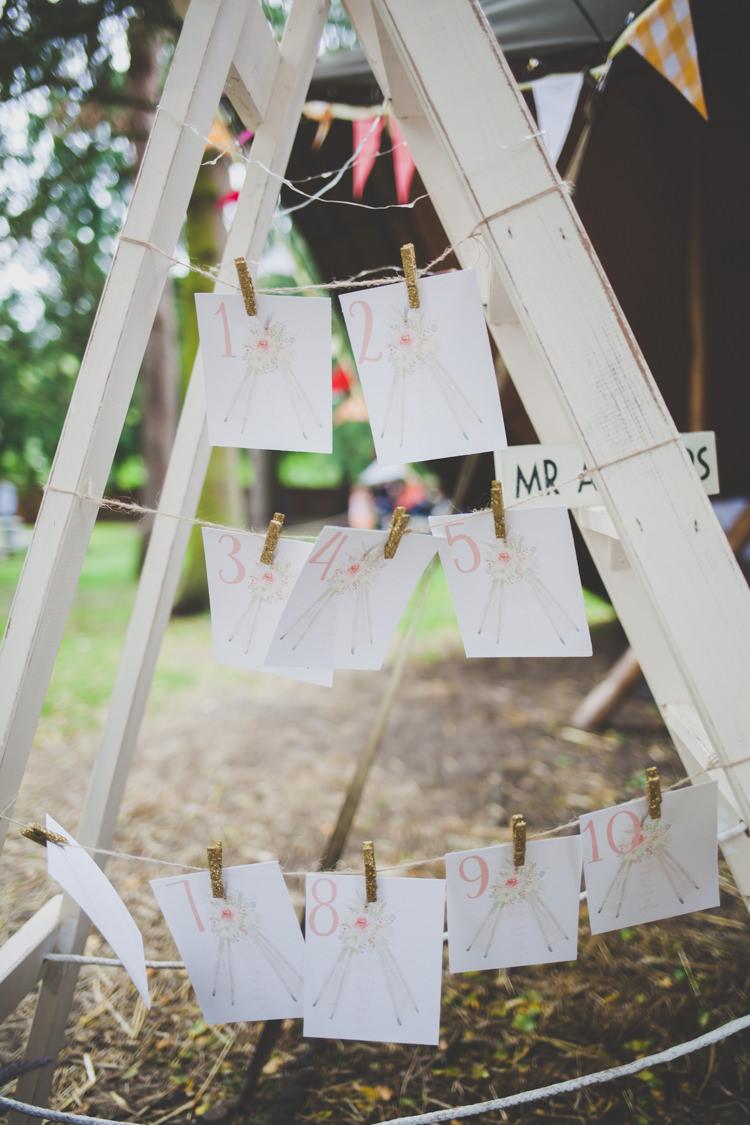 Ladder Peg Seating Table Plan Chart DIY Summer Tipi Wedding http://www.eva-photography.com/