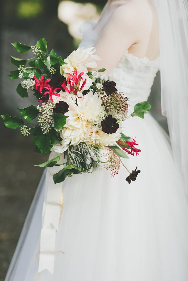 Flowers Bouquet Bride Bridal Ribbon Dahlia Autumn Eclectic Quirky DIY Vintage Wedding https://www.georgimabee.com/