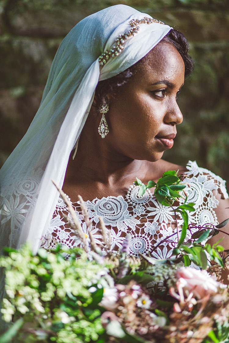 Veil Bride Bridal Accessory Beautiful Walled Garden Wedding Ideas http://www.brittamarie-photography.com/