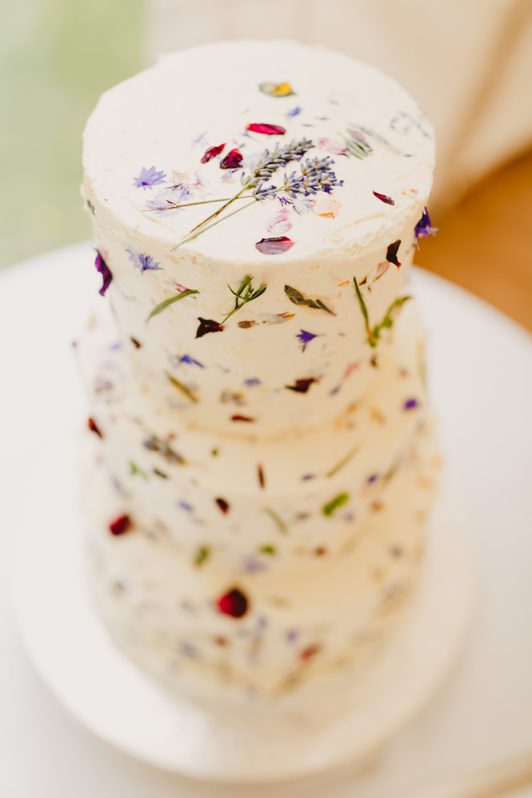 Petal Flower Cake Rustic Hand Crafted Relaxed Wedding http://www.andydavison.com/