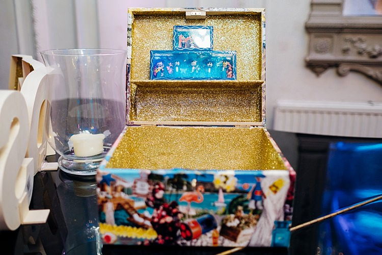 Card Box Gold Glitter Quirky Cool City Party Wedding http://www.mariannechua.com/