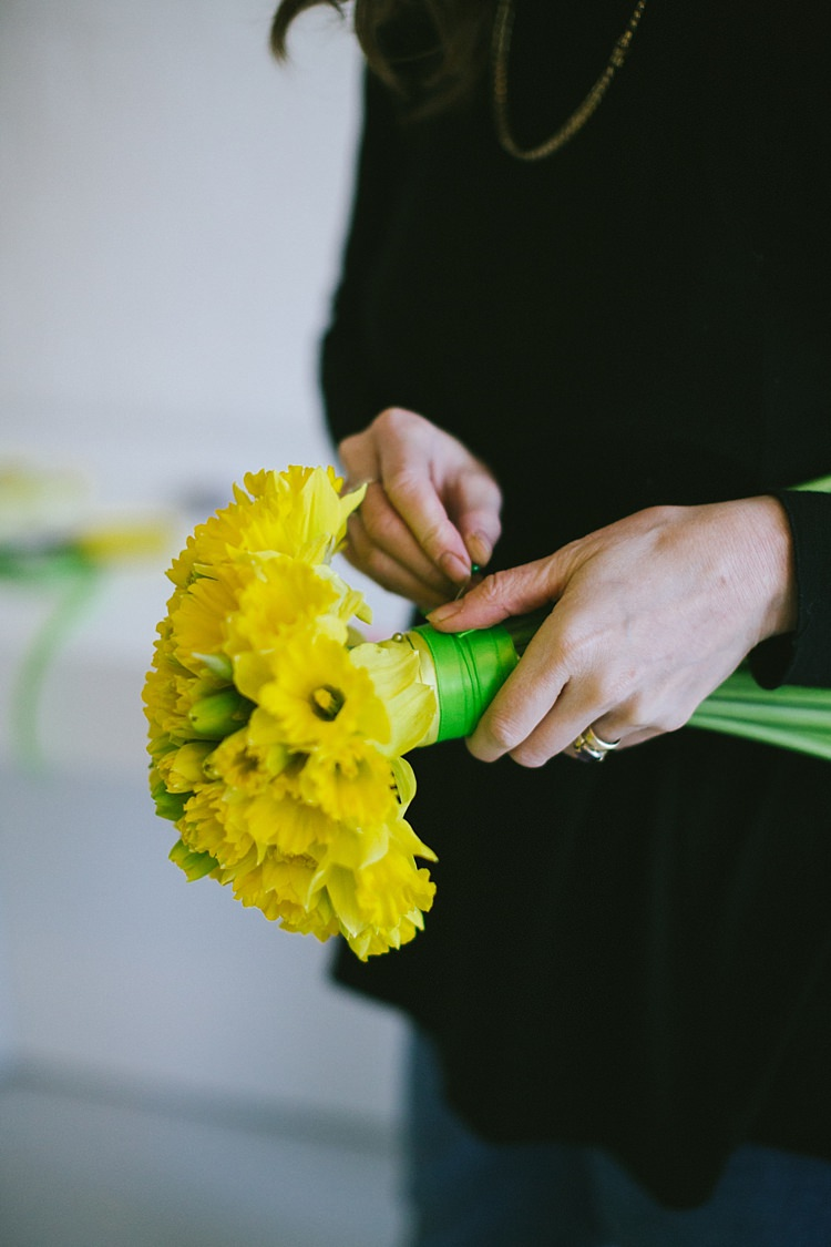 DIY Daffodil Spring Topiary Table Centrepiece www.binkynixon.com