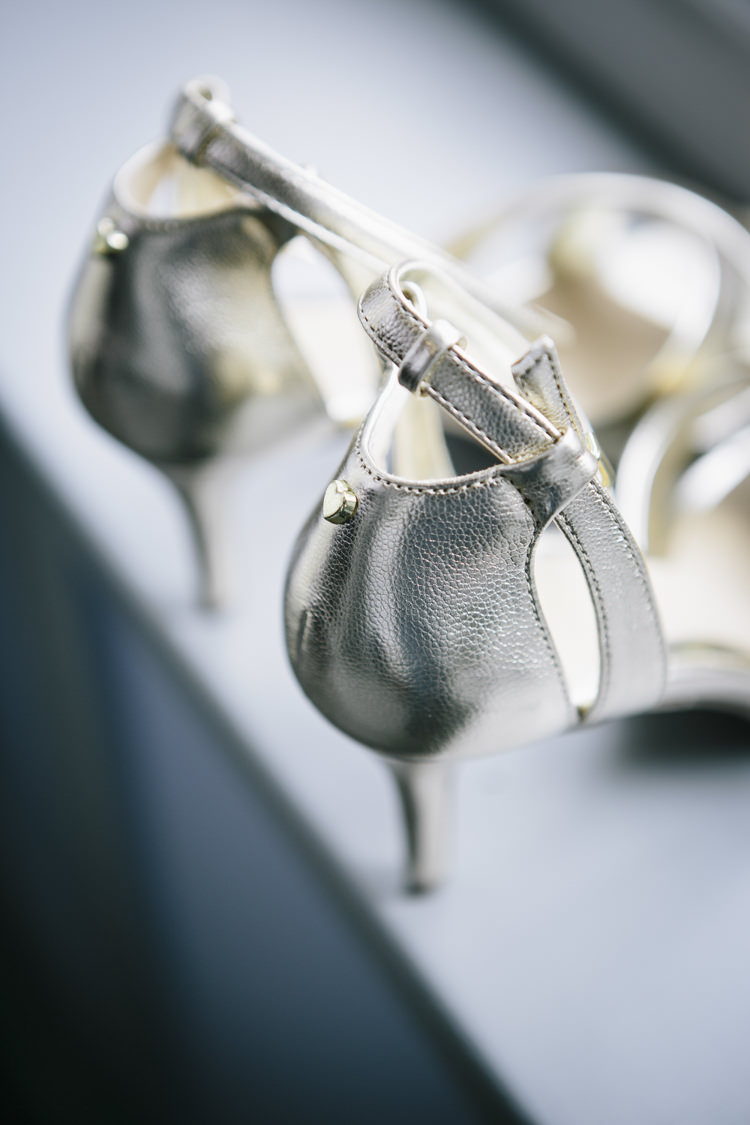 Metallic Gold Shoes Heels Bride Bridal Stylish Clean Modern City Wedding https://mybeautifulbride.co.uk/