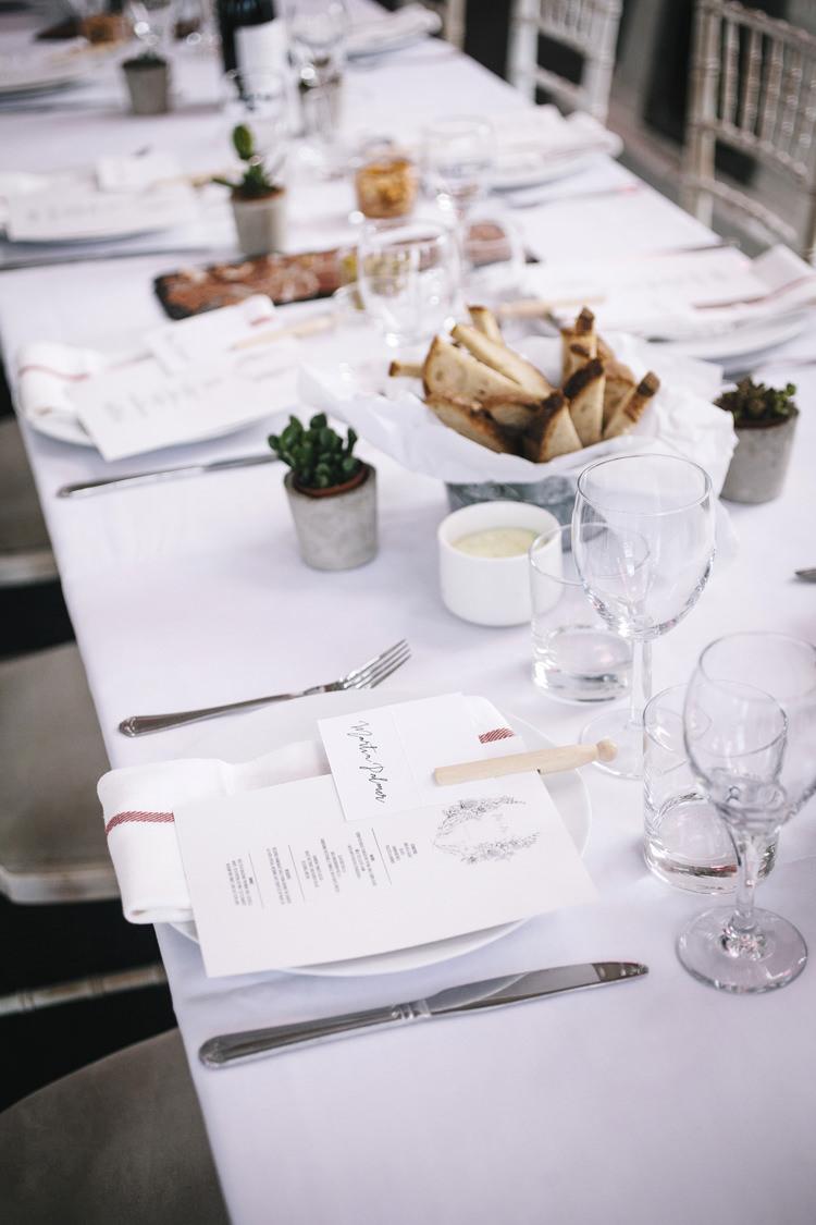 Tea Towel Place Name Setting Napkin Stylish Clean Modern City Wedding https://mybeautifulbride.co.uk/