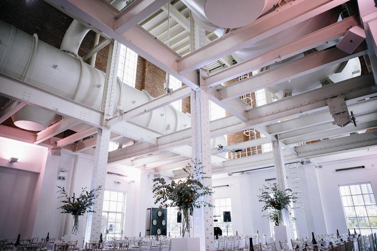 West Reservoir Centre Stylish Clean Modern City Wedding https://mybeautifulbride.co.uk/