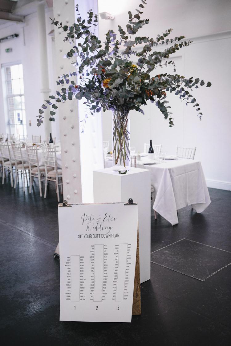 Seating Plan Table Chart Graphic Stylish Clean Modern City Wedding https://mybeautifulbride.co.uk/
