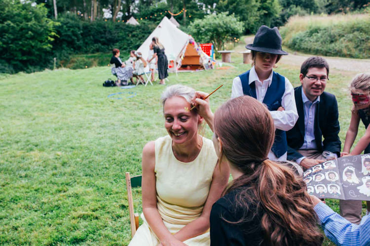 Indie Outdoorsy Camp Wedding http://emilytylerphotography.com/