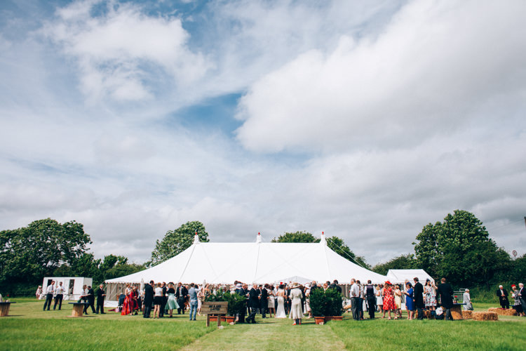 Hand Made Red White Blue Farm Wedding http://www.caseyavenue.co.uk/