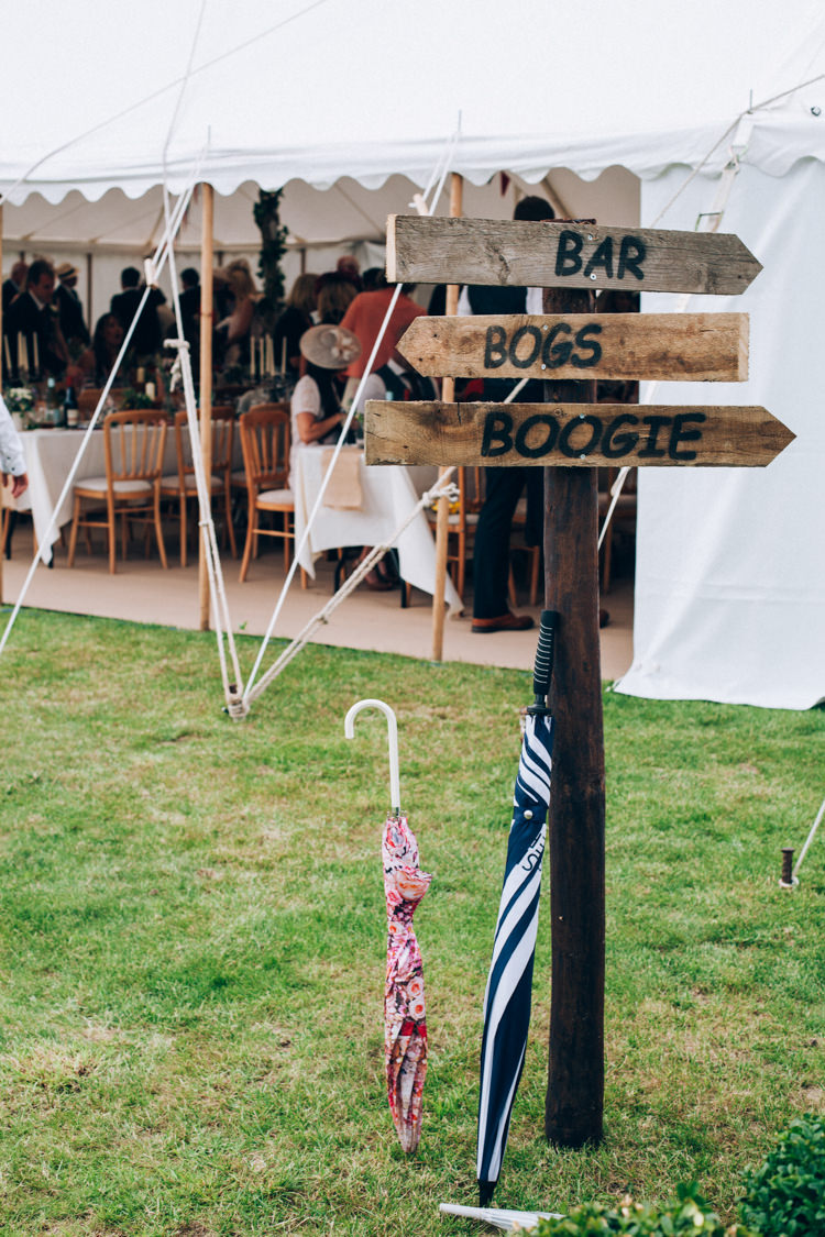 Rustic Wooden Sign Post Hand Made Red White Blue Farm Wedding http://www.caseyavenue.co.uk/