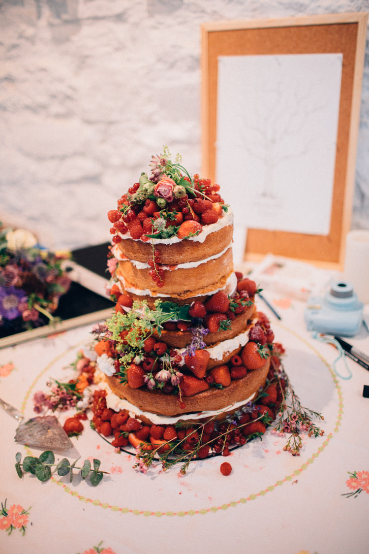 Naked Cake Sponge Fruit Berries Rustic Home Made Farm Wedding http://blondiephotography.co.uk/