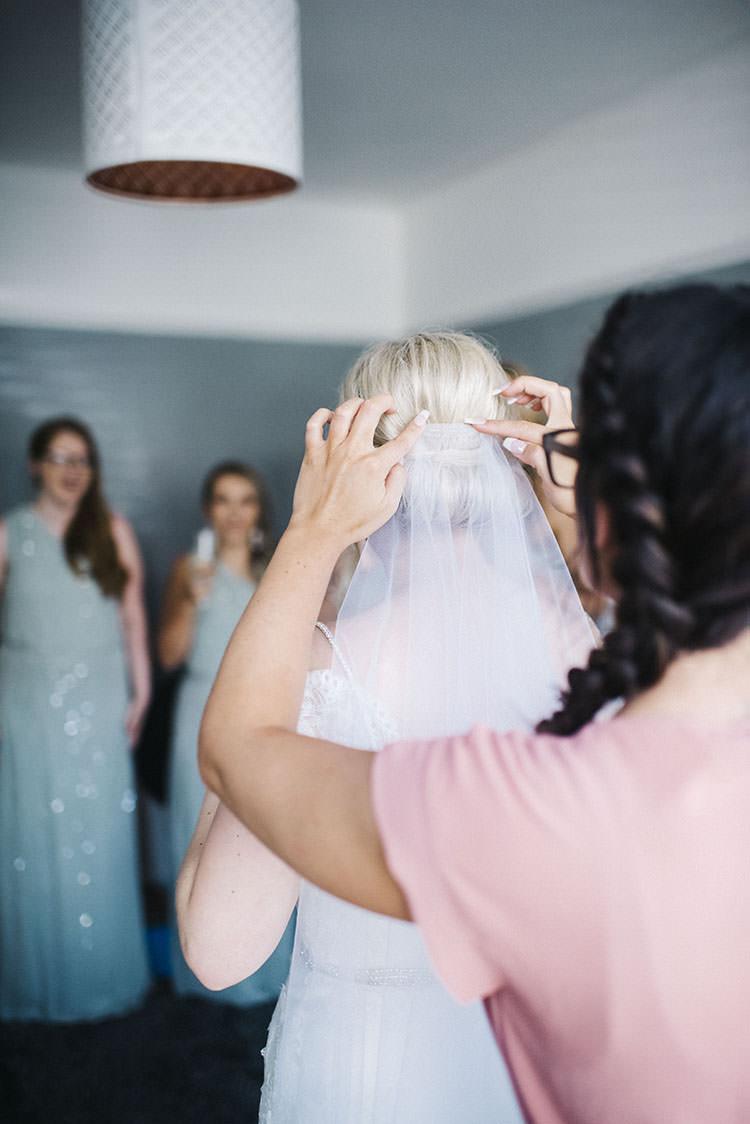 Veil Bride Bridal Accessory Mint Green Natural Wedding https://www.kerrywoodsphotography.com/