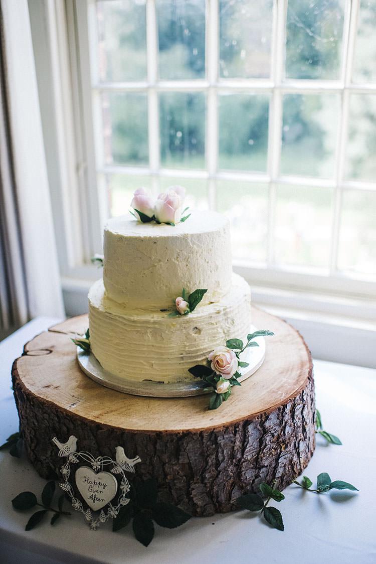 Butttercream Cake Flowers Log Stand Mint Green Natural Wedding https://www.kerrywoodsphotography.com/