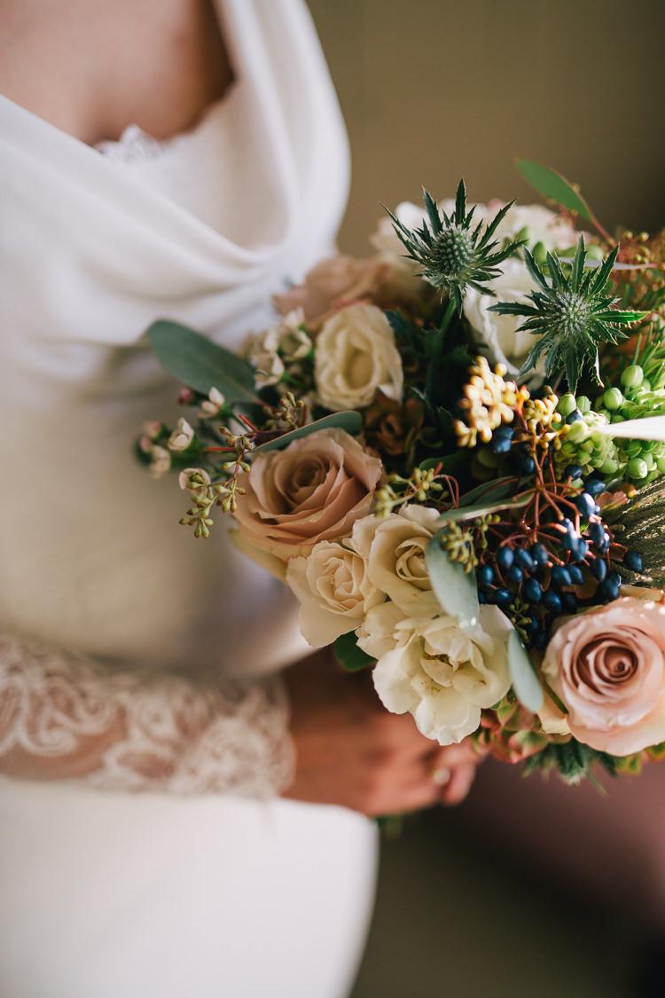 Bouquqet Flowers Bride Bridal Rose Thistle Elegant Cosy Winter Wedding http://www.traversandbrown.co.uk/