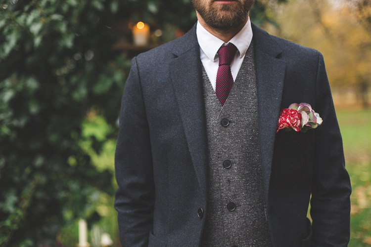 Red Knitted Tie Groom Style Magical Autumn Outdoorsy Woodland Wedding Ideas http://kirstymackenziephotography.co.uk/