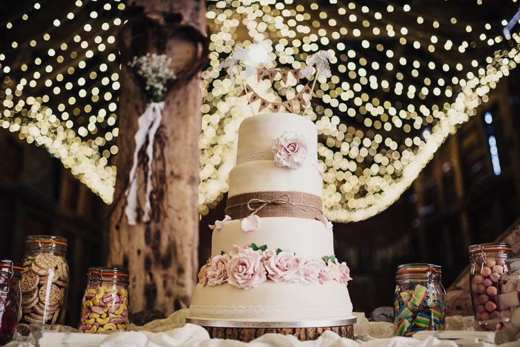 Cake Hessian Flowers Bunting Twine Log Stand Quirky Crafty Rustic Barn Wedding http://www.stevebridgwoodphotography.co.uk/