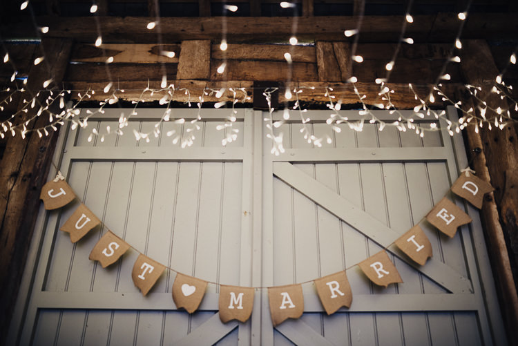 Hessian Bunting Quirky Crafty Rustic Barn Wedding http://www.stevebridgwoodphotography.co.uk/