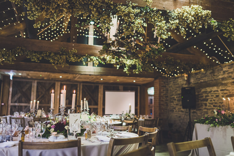Fairy Lights Hops Decor Candles Ethereal Romantic Autumn Barn Wedding http://www.oacphotography.com/
