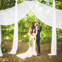 Rustic Bohemian DIY Barn Wedding http://lovethatsmilephotography.com/