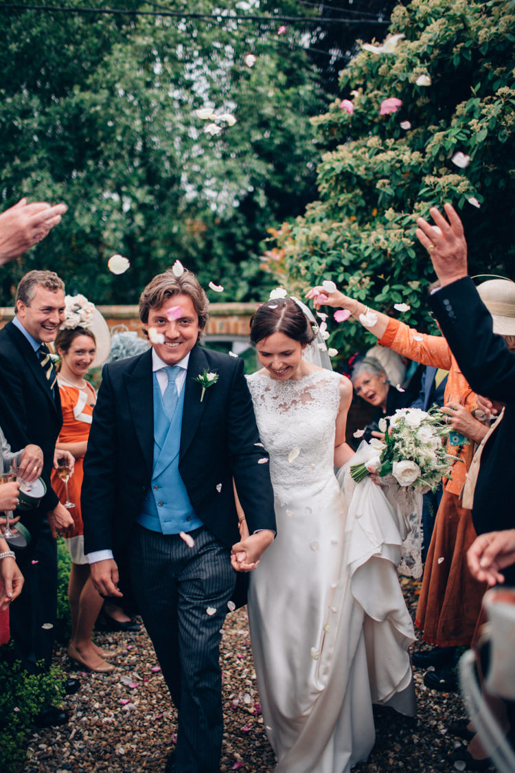 Confetti Throw Bride Groom Pretty Quintessential English Country Garden Wedding http://blondiephotography.co.uk/
