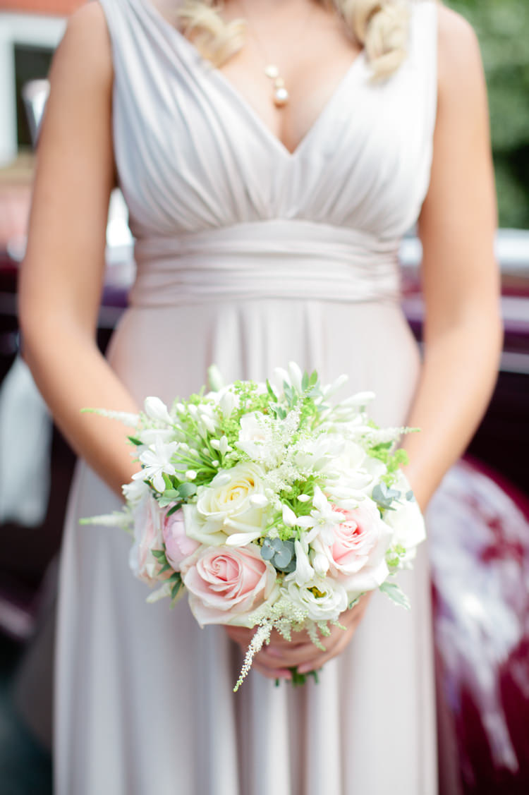 Bridesmaid Bouquet Eucalyptus Rose Flowers Cream Pretty Pink Garden Party Wedding http://www.helencawtephotographyblog.com/