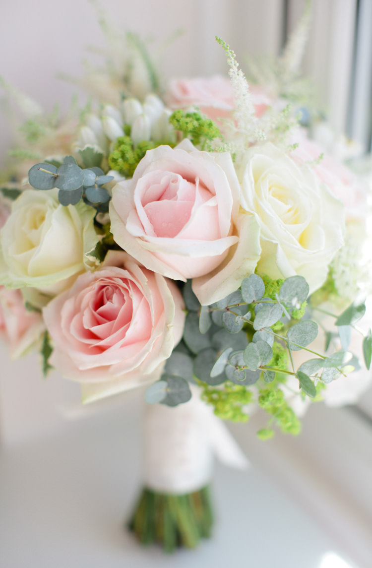 Rose Eucalyptus Cream Flowers Bouquet Bride Bridal Pretty Pink Garden Party Wedding http://www.helencawtephotographyblog.com/