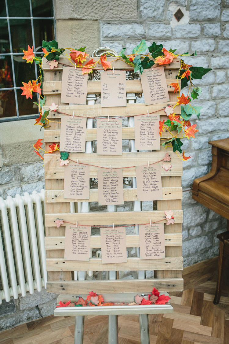 Relaxed Cosy Amp Stylish Autumnal Wedding Whimsical