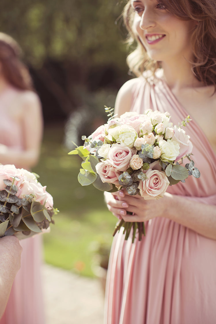Cream Roses Bouquet Bridesmaid Flowers Elegant Romantic Classic Pink Wedding http://www.rebeccaweddingphotography.co.uk/