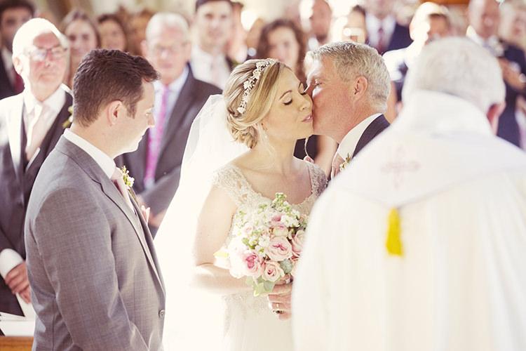 Elegant Romantic Classic Pink Wedding http://www.rebeccaweddingphotography.co.uk/