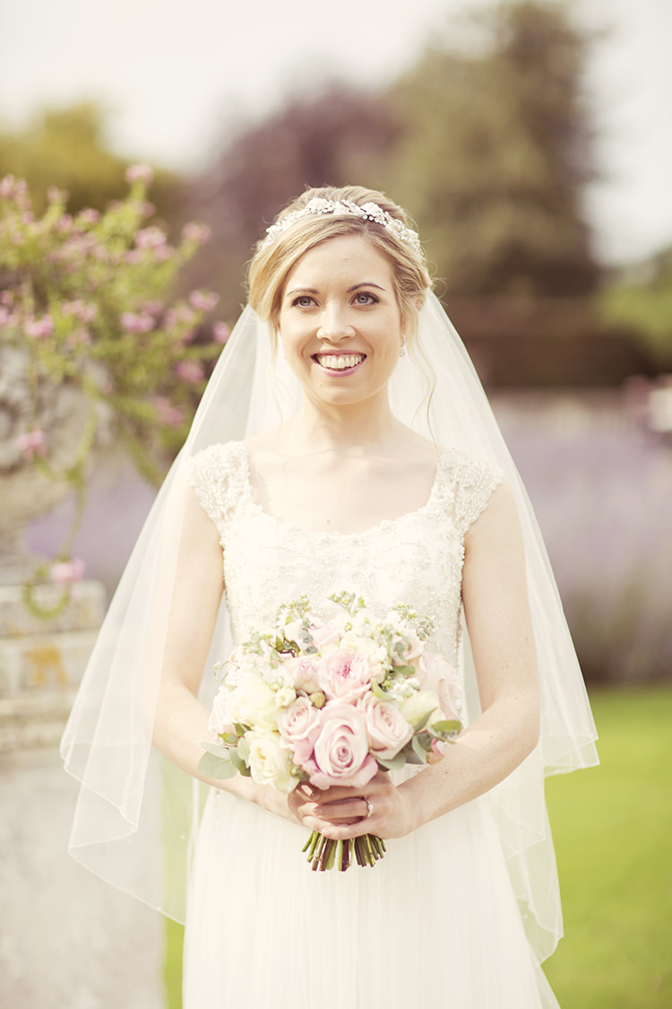 Veil Bride Bridal Accessory Elegant Romantic Classic Pink Wedding http://www.rebeccaweddingphotography.co.uk/