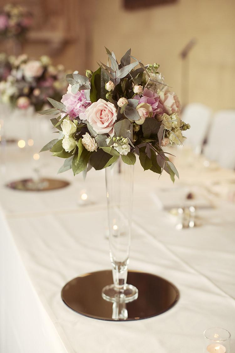 Rose Hydrangea Cream Flowers Centrepiece Decor Elegant Romantic Classic Pink Wedding http://www.rebeccaweddingphotography.co.uk/