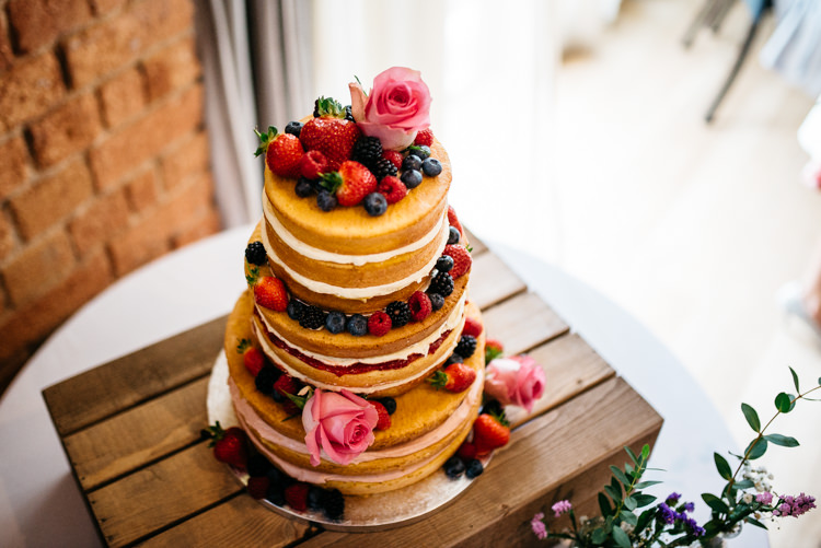Naked Cake Sponge Layer Victoria Fruit Flowers Crate Rustic Woodland Modern Wedding http://www.jennymacare.com/