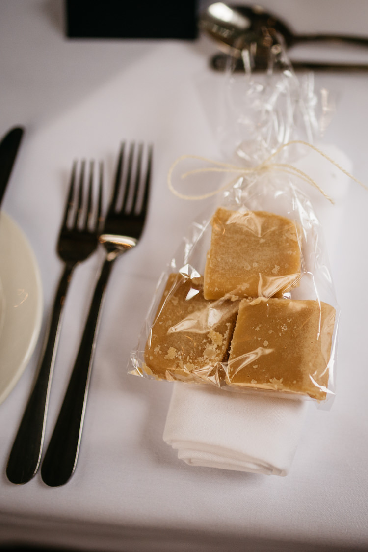 Fudge Favours Rustic Woodland Modern Wedding http://www.jennymacare.com/