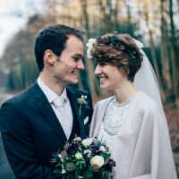 Heartwarming Festive Winter Wedding http://www.nikkivandermolen.com/