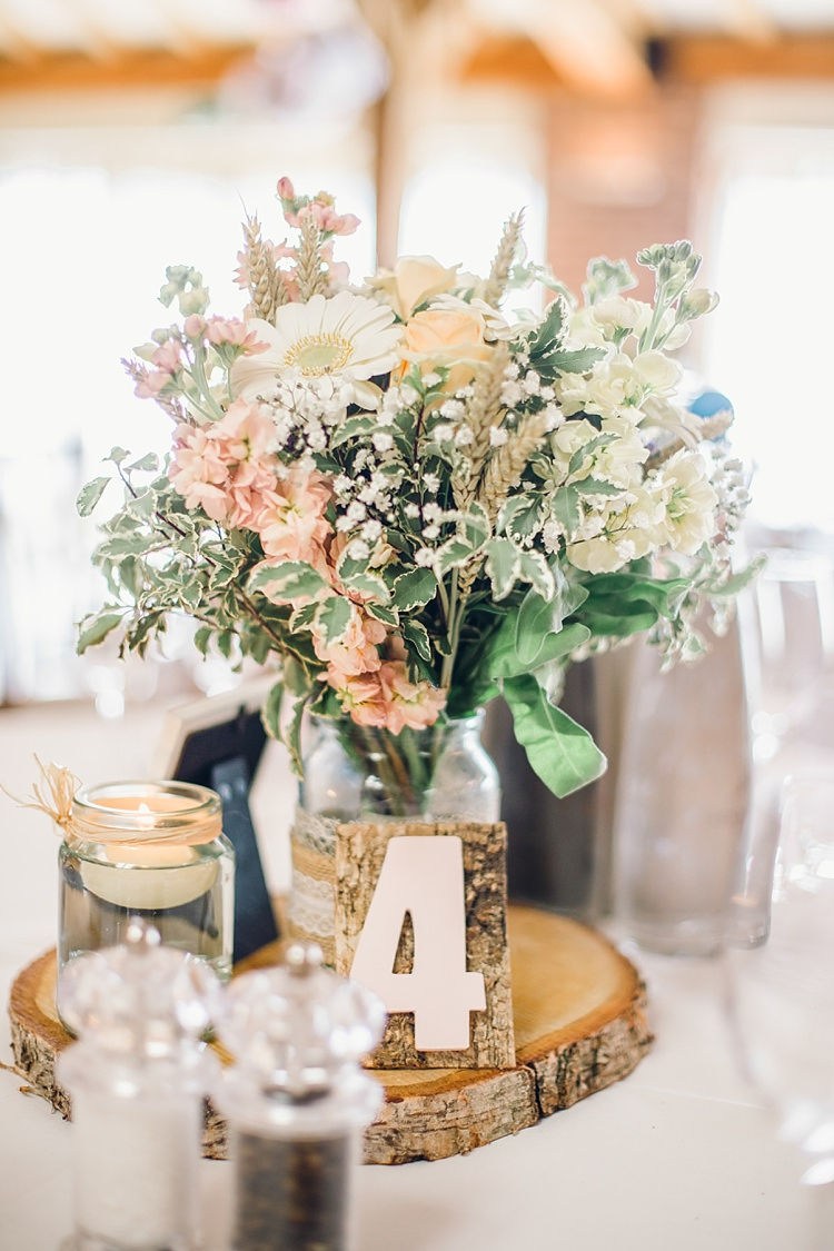Centrepiece Decor Log Flowers Jar Table Number Candles Classic Rustic Home Made Country Wedding http://www.jessicareeve-photography.com/