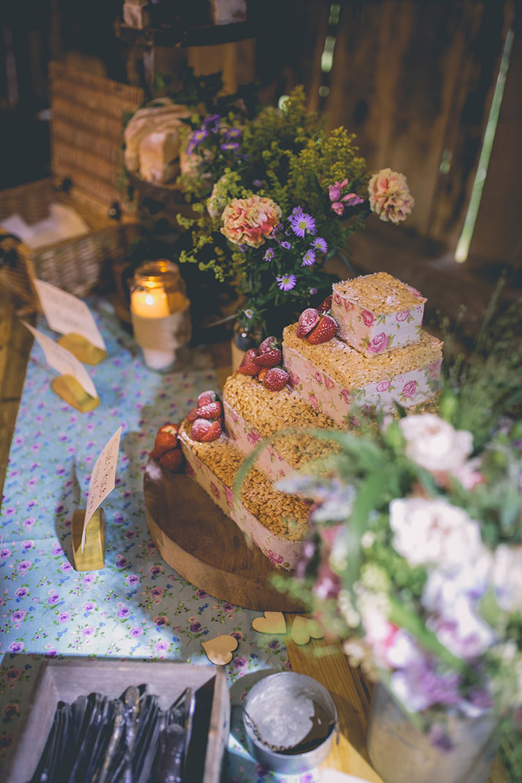 Cake Table Gluten Free Coeliac Homespun Fun Country Barn Wedding http://storyandcolour.co.uk/