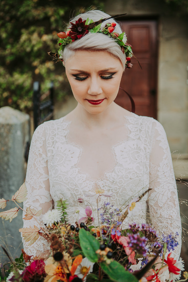 Make Up Bride Bridal Flower Crown Autumn Weekend Extravaganza Tipi Wedding http://bloomweddings.co.uk/