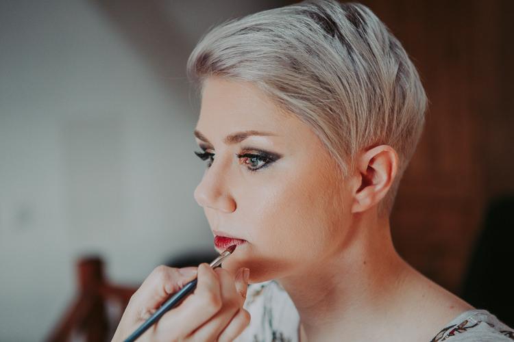 Make Up Bride Bridal Short Hair Autumn Weekend Extravaganza Tipi Wedding http://bloomweddings.co.uk/