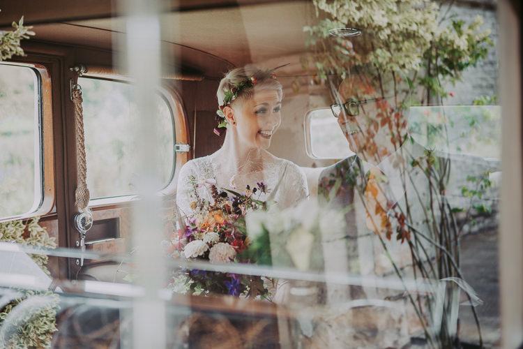 Autumn Weekend Extravaganza Tipi Wedding http://bloomweddings.co.uk/