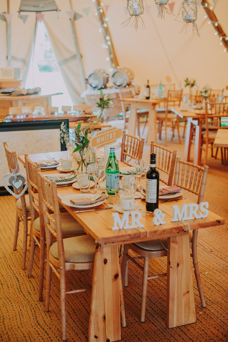 Rustic Decor Tables Autumn Weekend Extravaganza Tipi Wedding http://bloomweddings.co.uk/