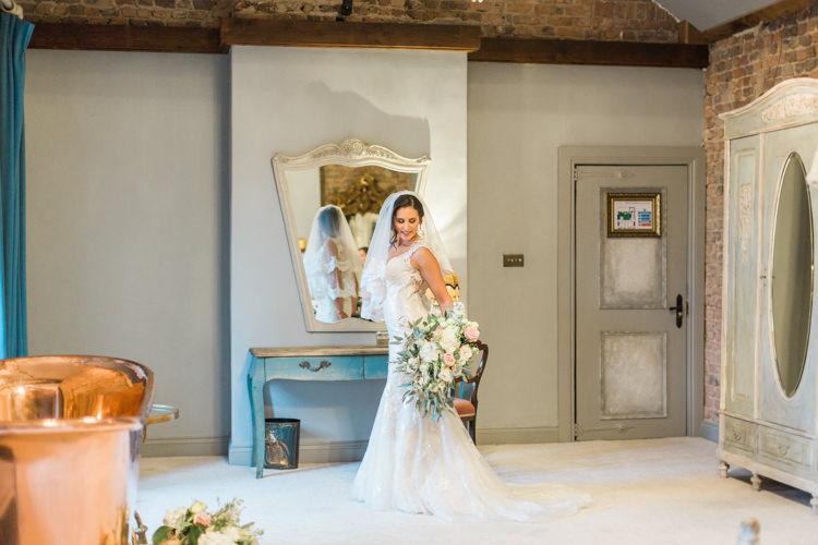 Whimsical Elegant Classic Wedding http://katymelling.com/