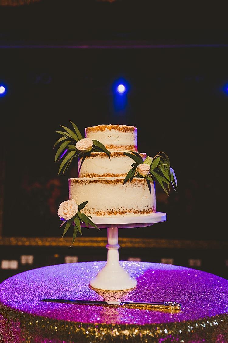 Buttercream Cake Flowers Glamorous Gatsby City Hall Wedding http://www.emmakenny.com/