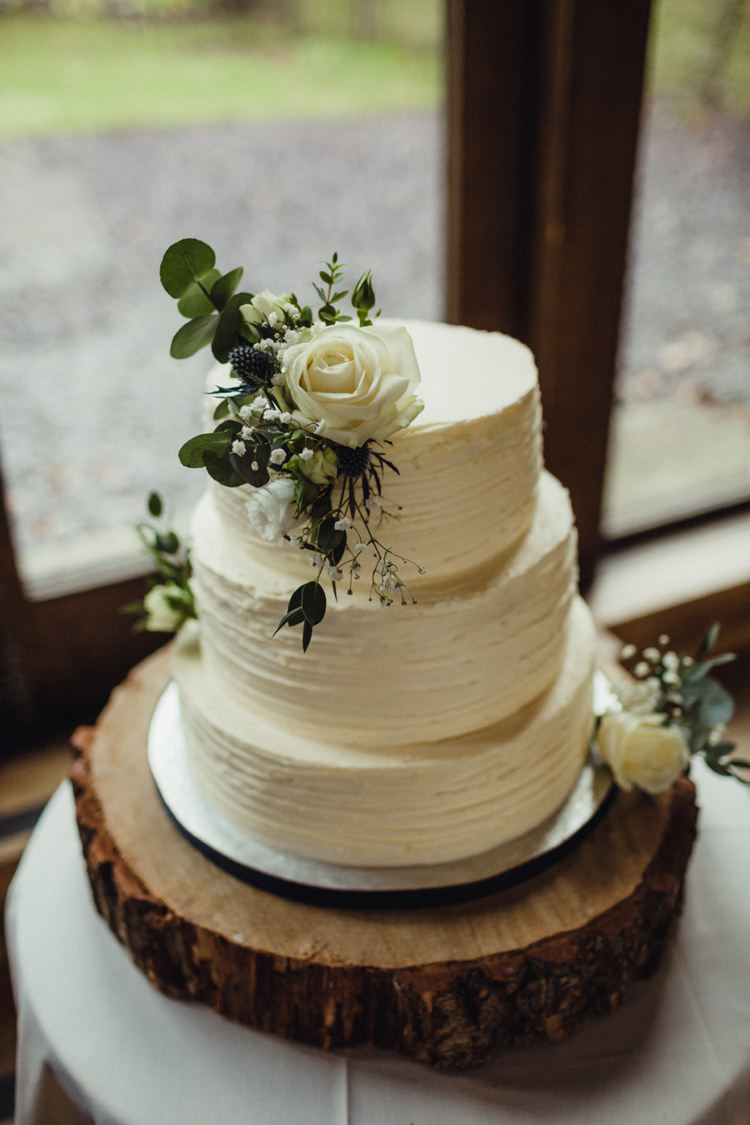 simple wedding cake recipe uk simple rustic amp cosy winter wedding whimsical 20072