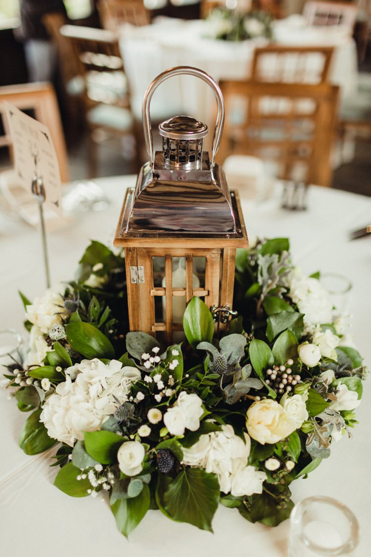 Lantern Candle Flowers Decor Table Centrepiece Simple Rustic Cosy Winter Wedding http://aniaames.co.uk/