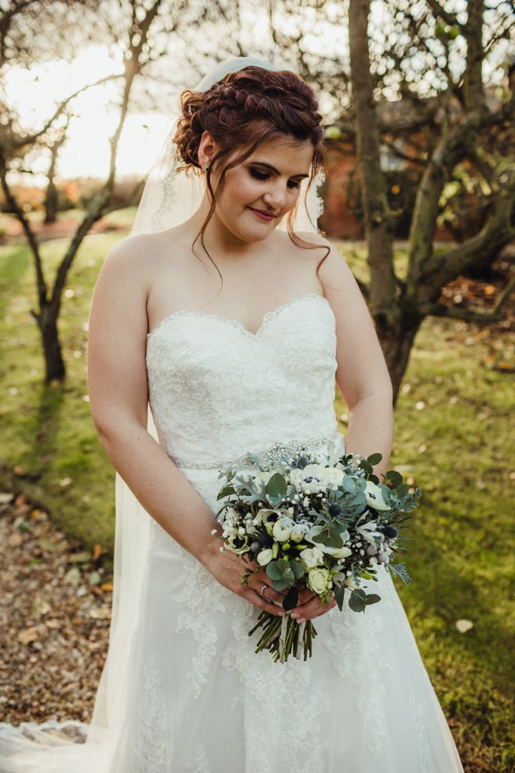 Sweetheart Lace Dress Belt Gown Bride Bridal Mori Lee Simple Rustic Cosy Winter Wedding http://aniaames.co.uk/
