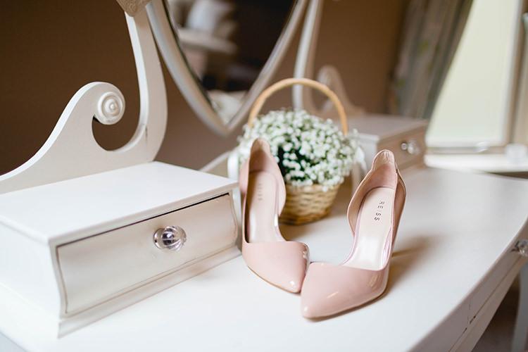 Shoes Heels Bride Bridal Stylish Soft Blush Wedding http://www.jemmakingphotography.co.uk/