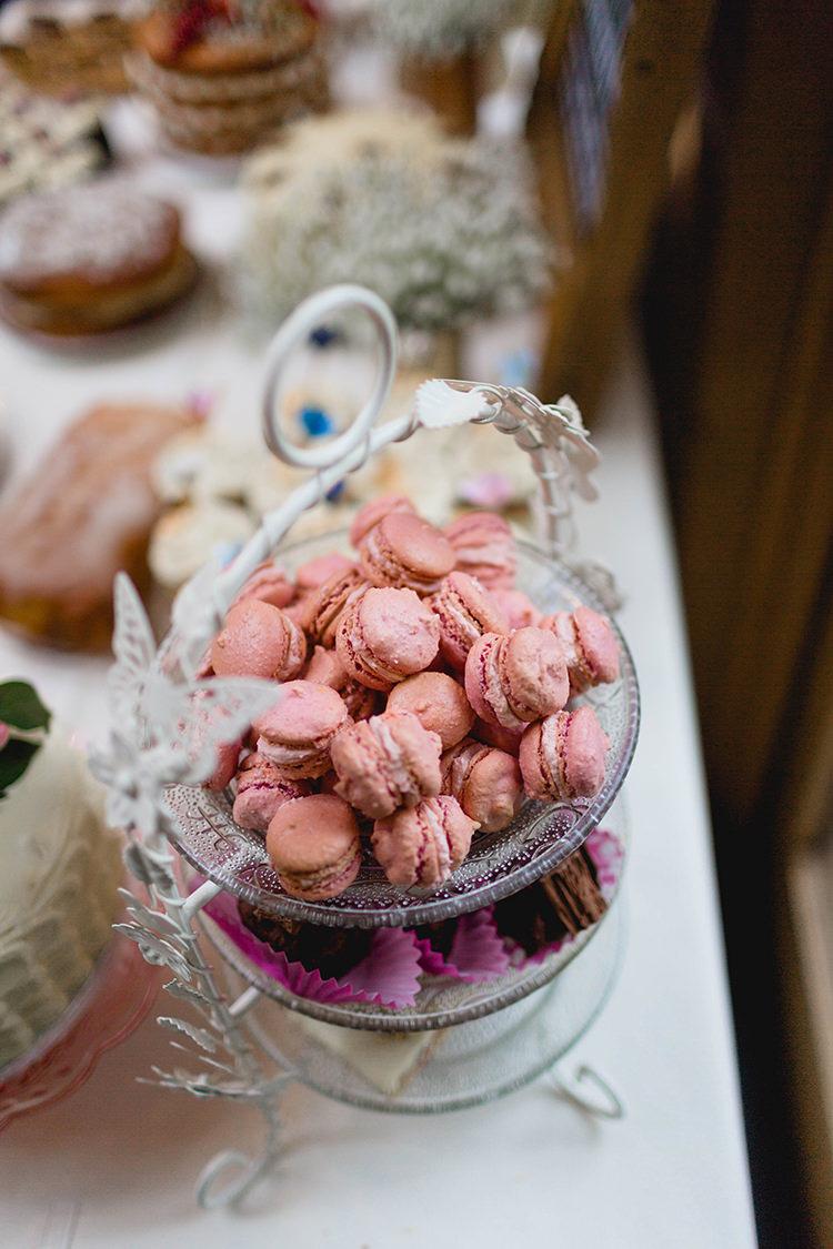 Macarons Stylish Soft Blush Wedding http://www.jemmakingphotography.co.uk/