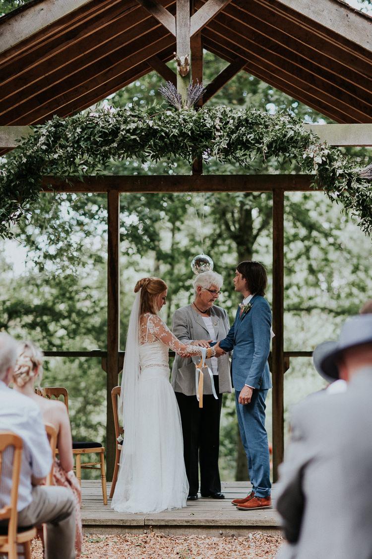 Wasing Park Woodland Countryside Camp Wedding http://www.joannanicolephotography.com/