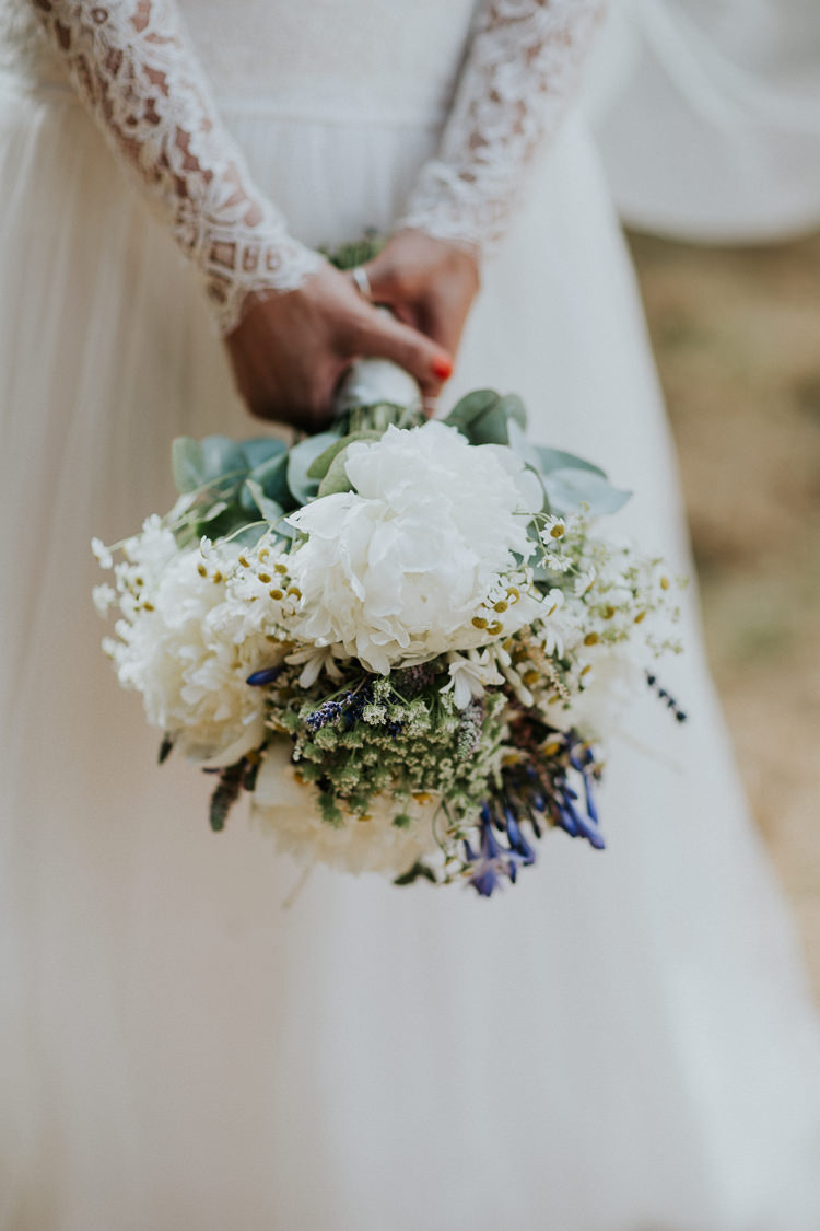 Bouquet Flowers Peonies Daisies Lavender Bride Bridal Woodland Countryside Camp Wedding http://www.joannanicolephotography.com/