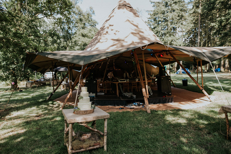Cake Table Outdoor Woodland Countryside Camp Wedding http://www.joannanicolephotography.com/