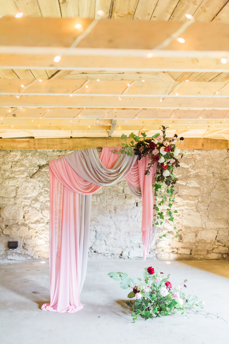 Fabric Backdrop Ceremony Flowers Drapes Swags Dreamy Luxe Autumn Wedding Ideas http://suzanneli.co.uk/